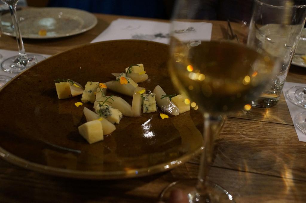 Sake tasting by Cooking in Motion at Ostehuset   Norwegian Sake Association