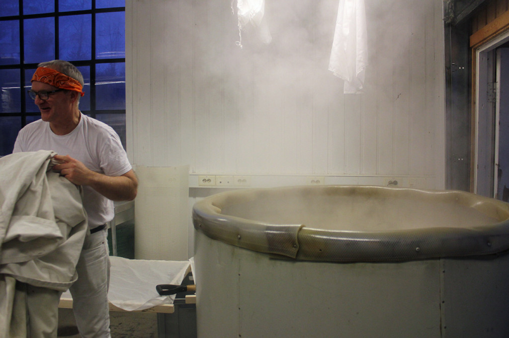 Brock Bennet brewing sake at Nøgne Ø